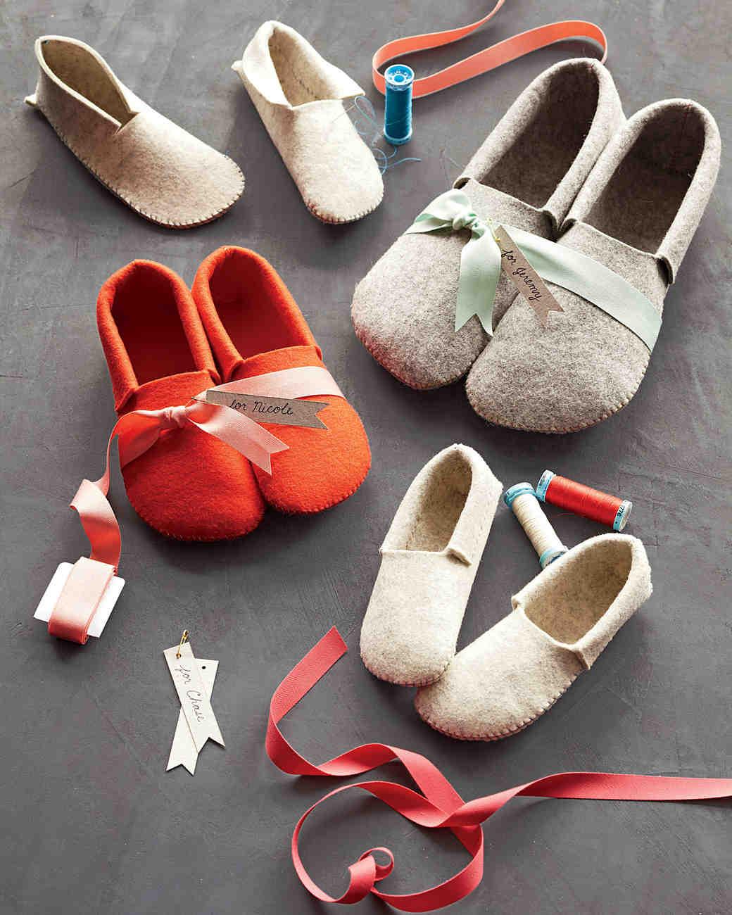 felt-slippers-md107878.jpg