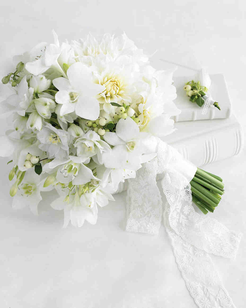 White Wedding Flowers: Martha Stewart Weddings