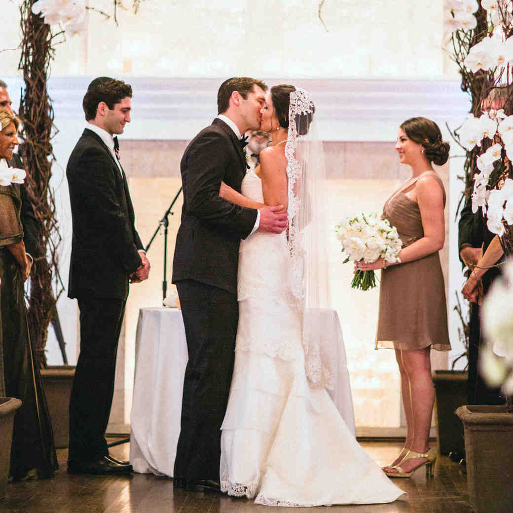 A Purple-and-White-Colored Formal Destination Wedding in Newport, Rhode Island