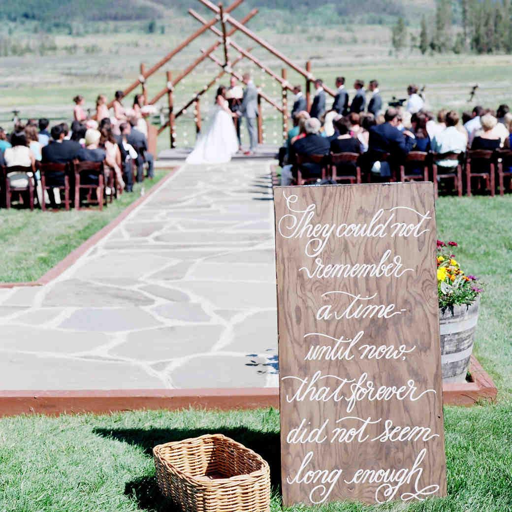 4 Weddings Ideas for Hopeless Romantics