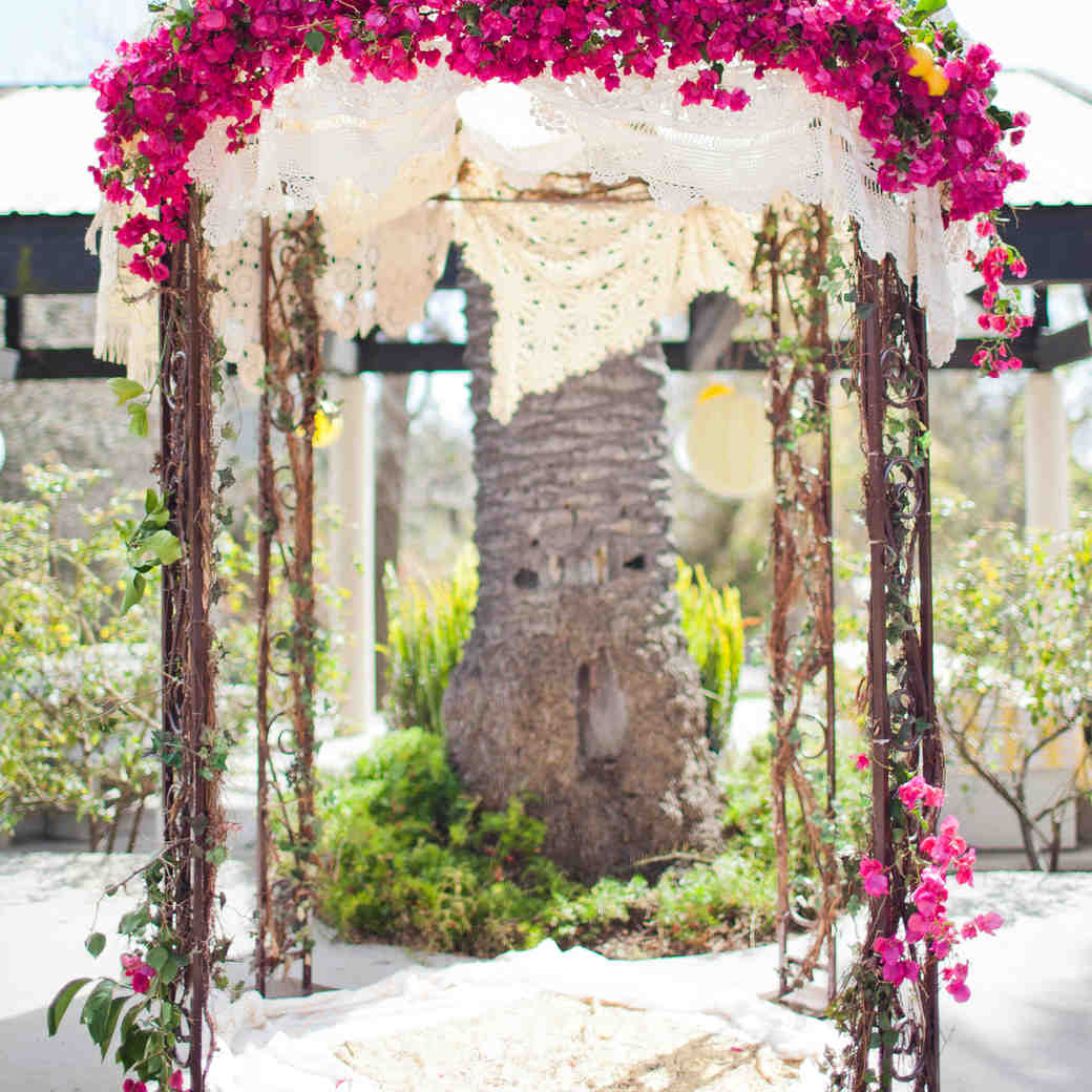 43 Wedding Arches That Will Instantly Upgrade Your Ceremony