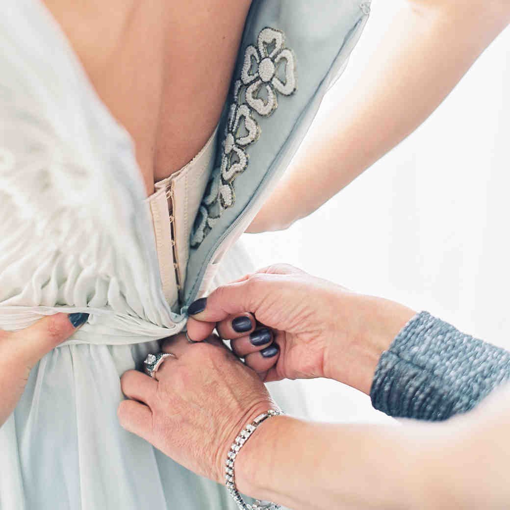 5 Thoughts Every Mother of the Bride Has at Some Point