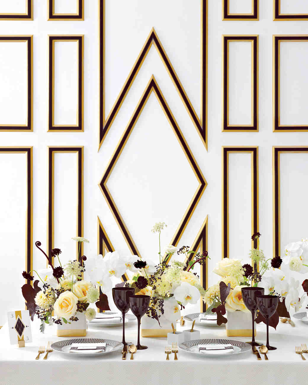 Black And Gold Wedding Decorations: Wedding Colors: Black, White, And Gold