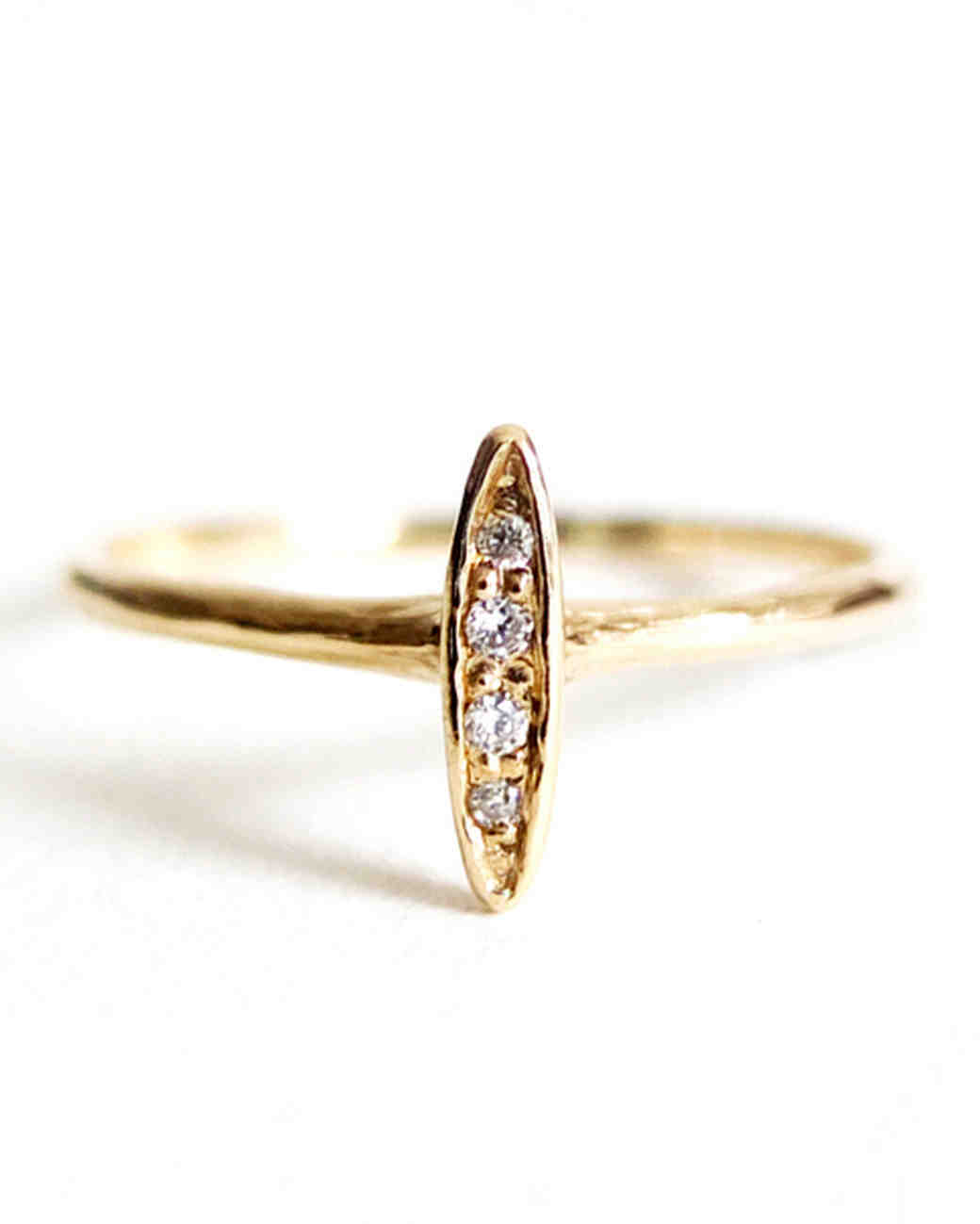 Engagement Rings Under $1 000 Yes Really for the e of a Kind Bride