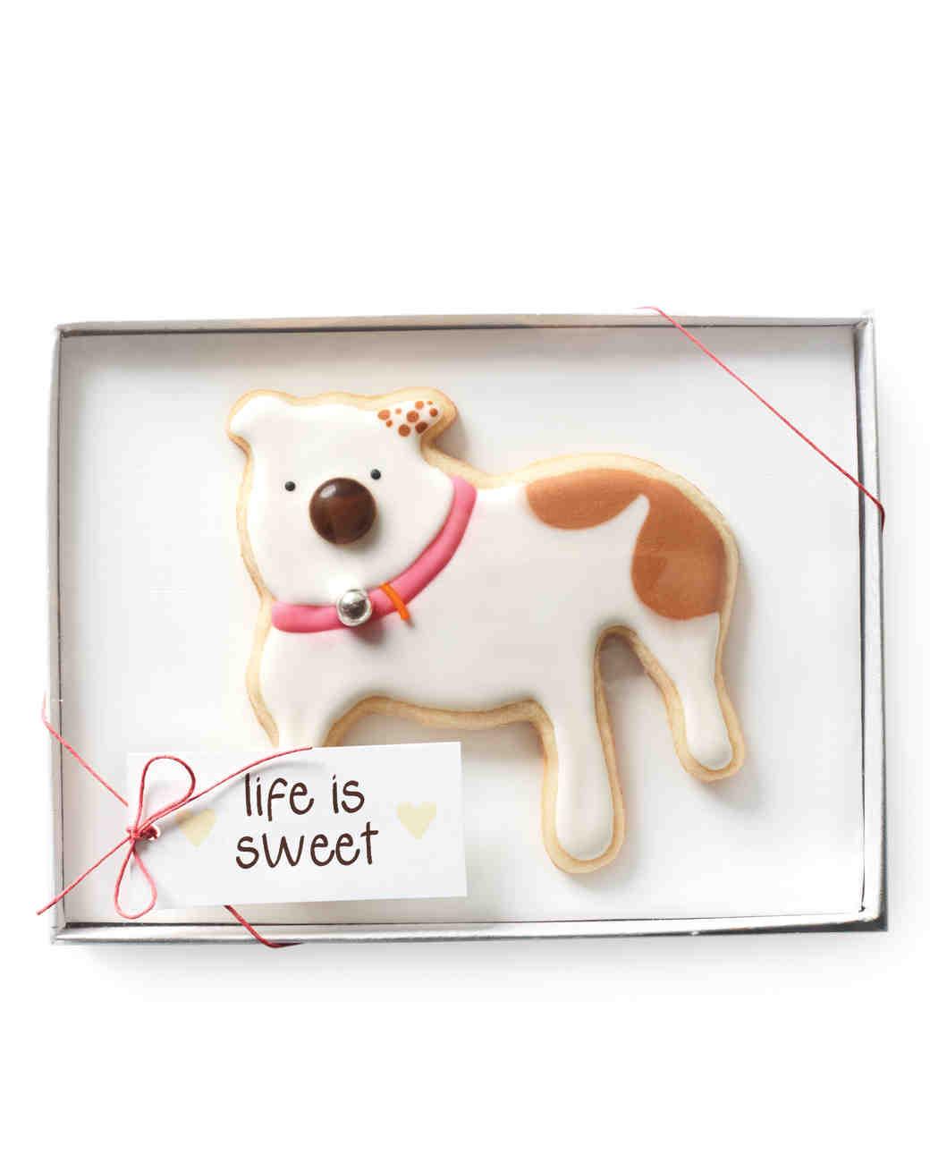 dog-cookie-092-mwd110687.jpg
