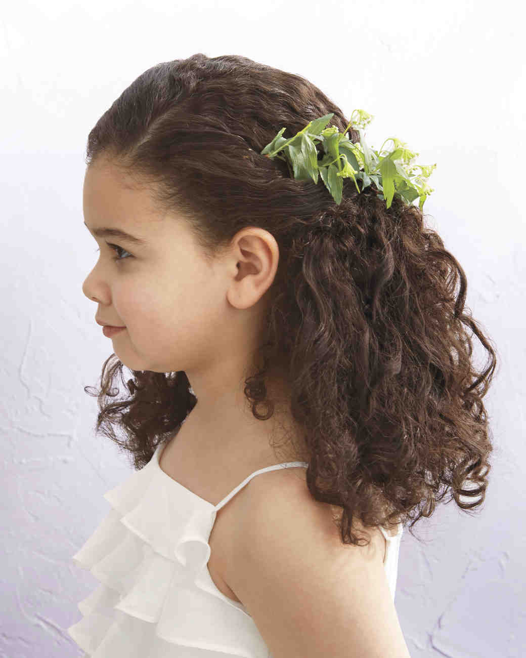 Sensational Flower Girl Hairstyles That Are Cute And Comfy Martha Stewart Short Hairstyles For Black Women Fulllsitofus