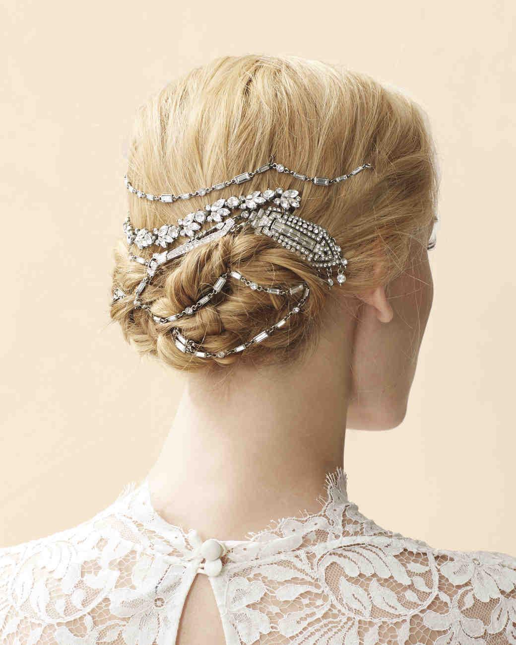 4 Stylish Ways to Wear Vintage Jewelry on Your Wedding Day