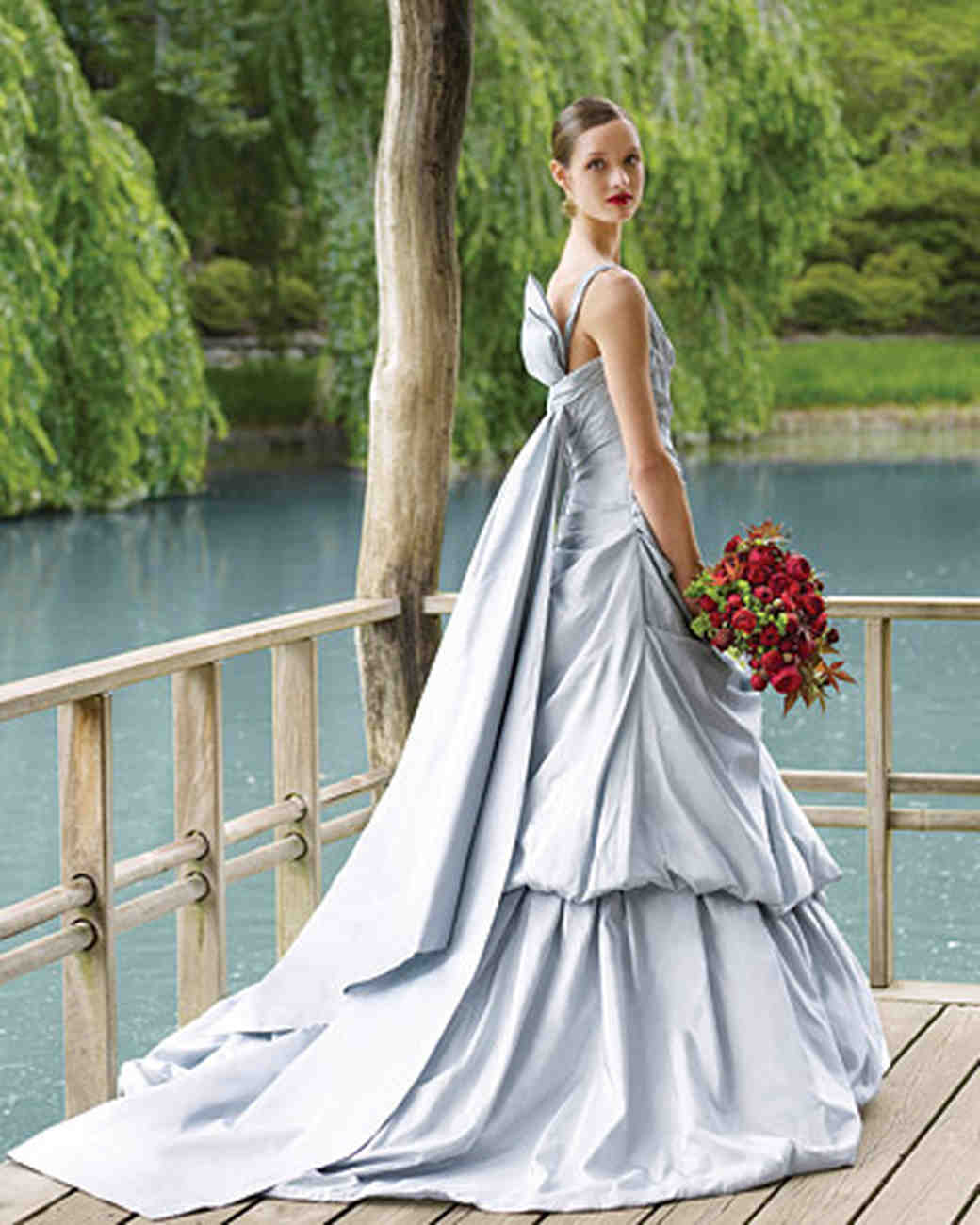 Pictures Of Gowns For Wedding: Perfect Gowns For An Outdoor Wedding