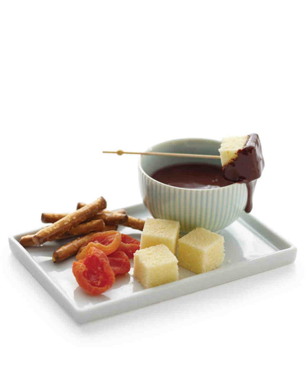 mwd105786_fall10_fondue4.jpg