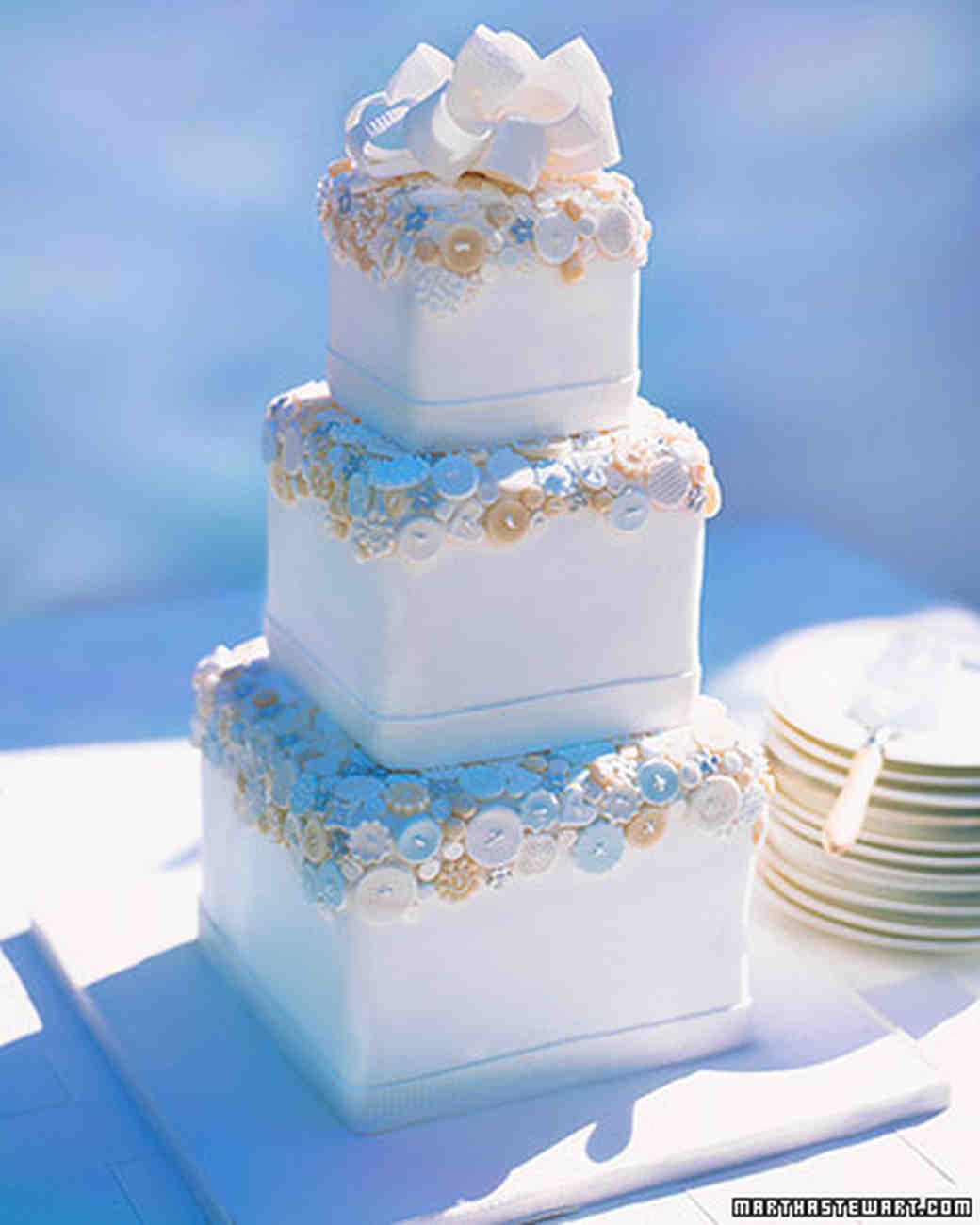 wed_ws97_couturecakes_04.jpg