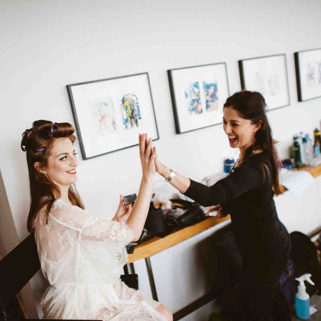 5 Tips to Help You Hire a Great Makeup Artist for Your Wedding