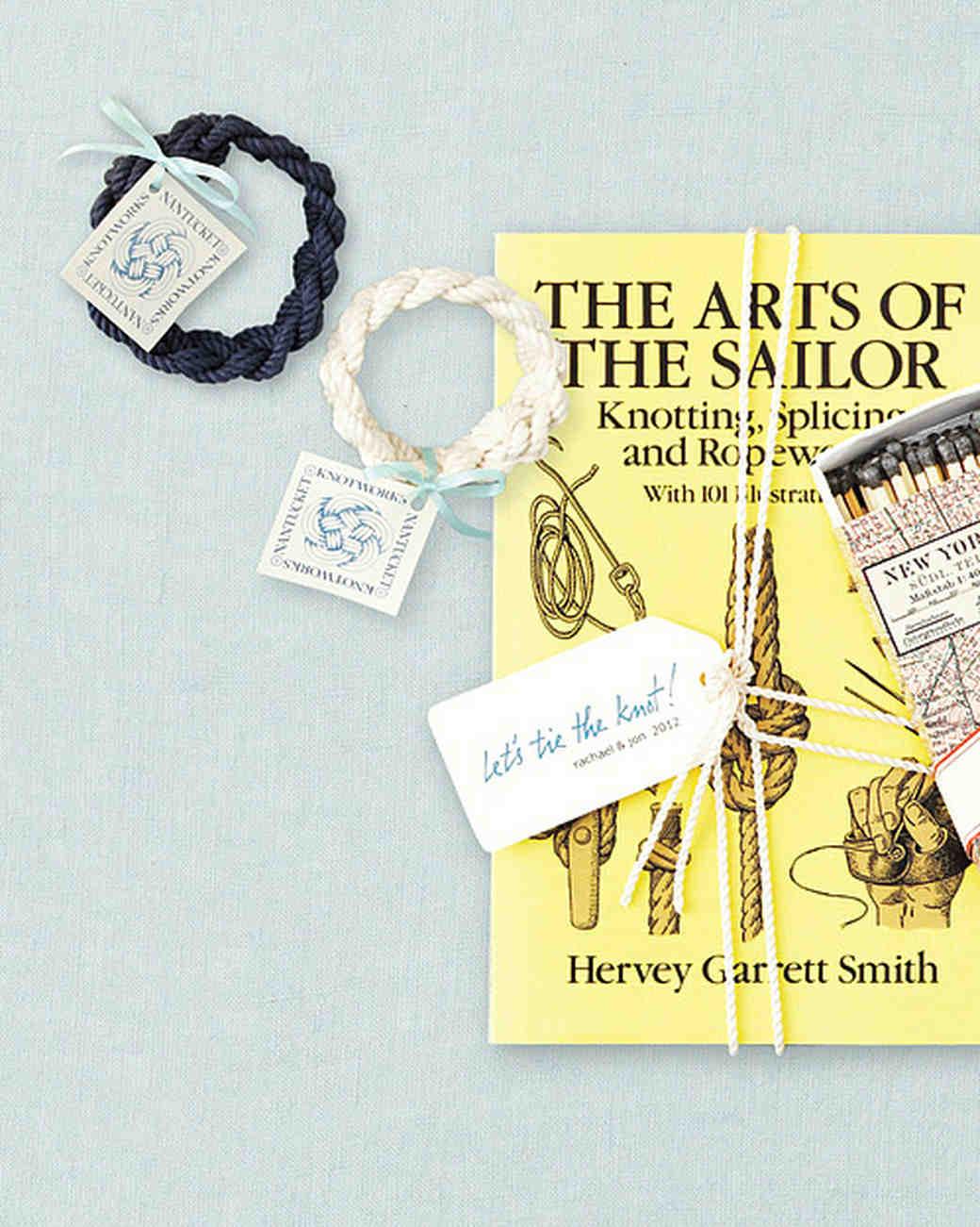 Martha Stewart Wedding Gift Tags : favors-bracelet-mwd107607.jpg