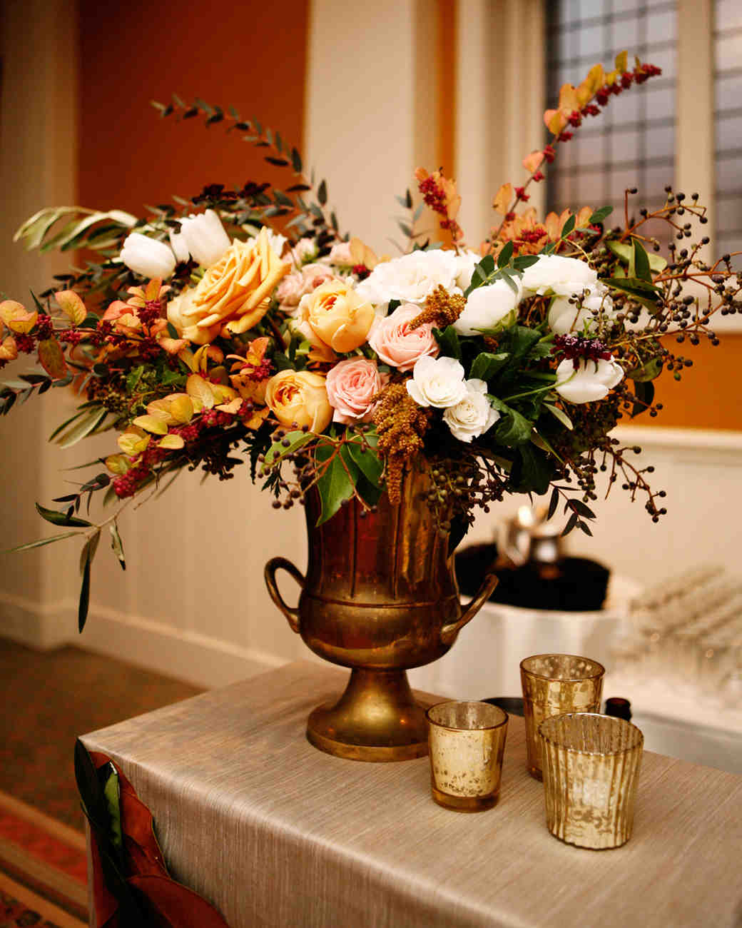 23 Totally Chic Vintage Centerpieces Martha Stewart Weddings