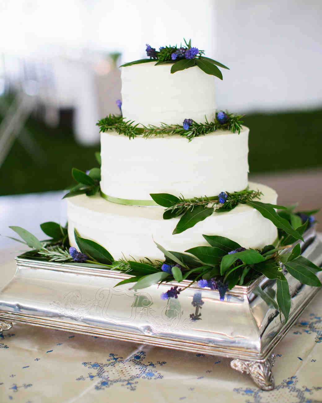 Spring Wedding Cakes: Spring Wedding Cakes That Are (Almost) Too Pretty To Eat