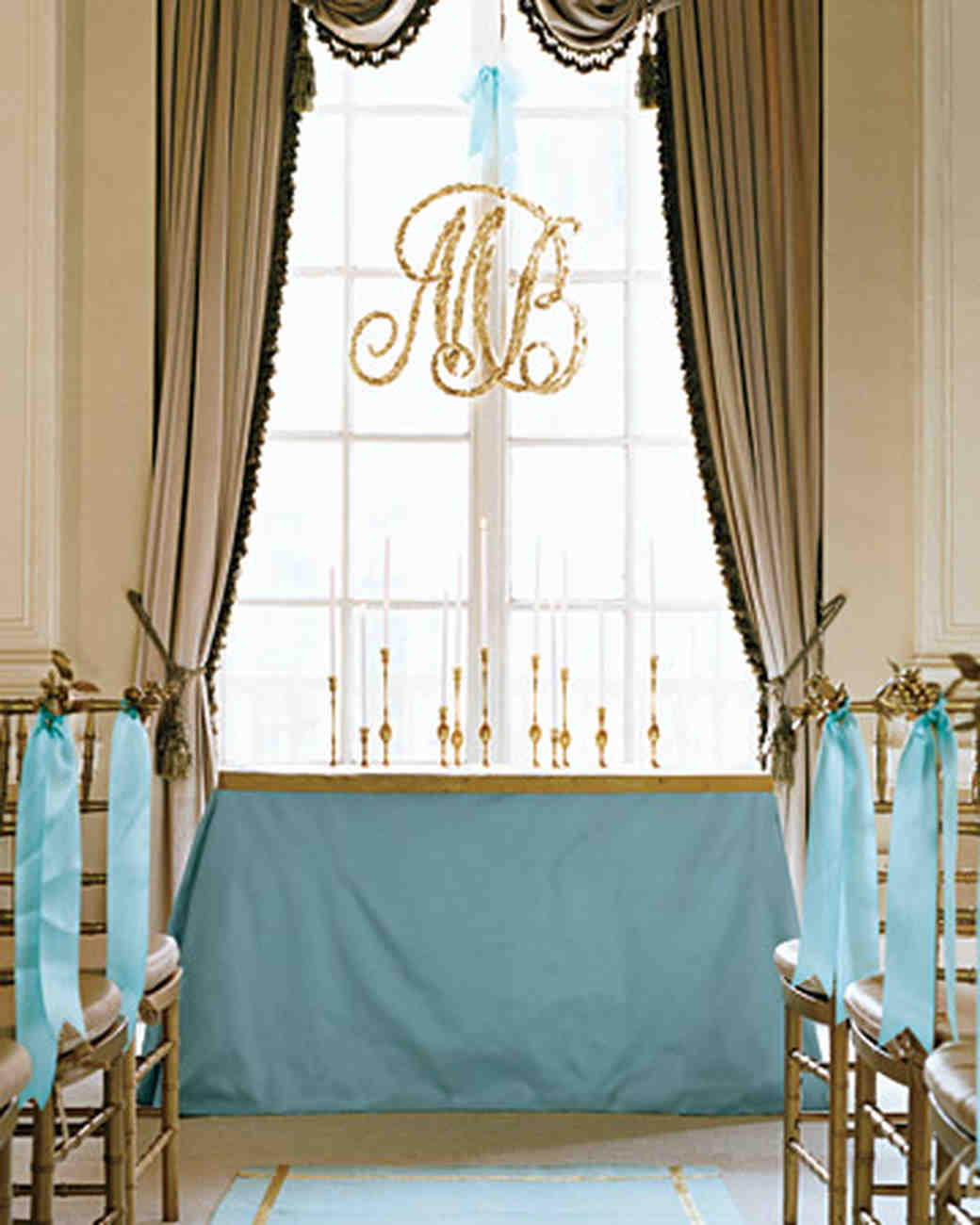 Gold Wedding Decorations: 5 Ways To Use Aqua And Gold At Your Wedding