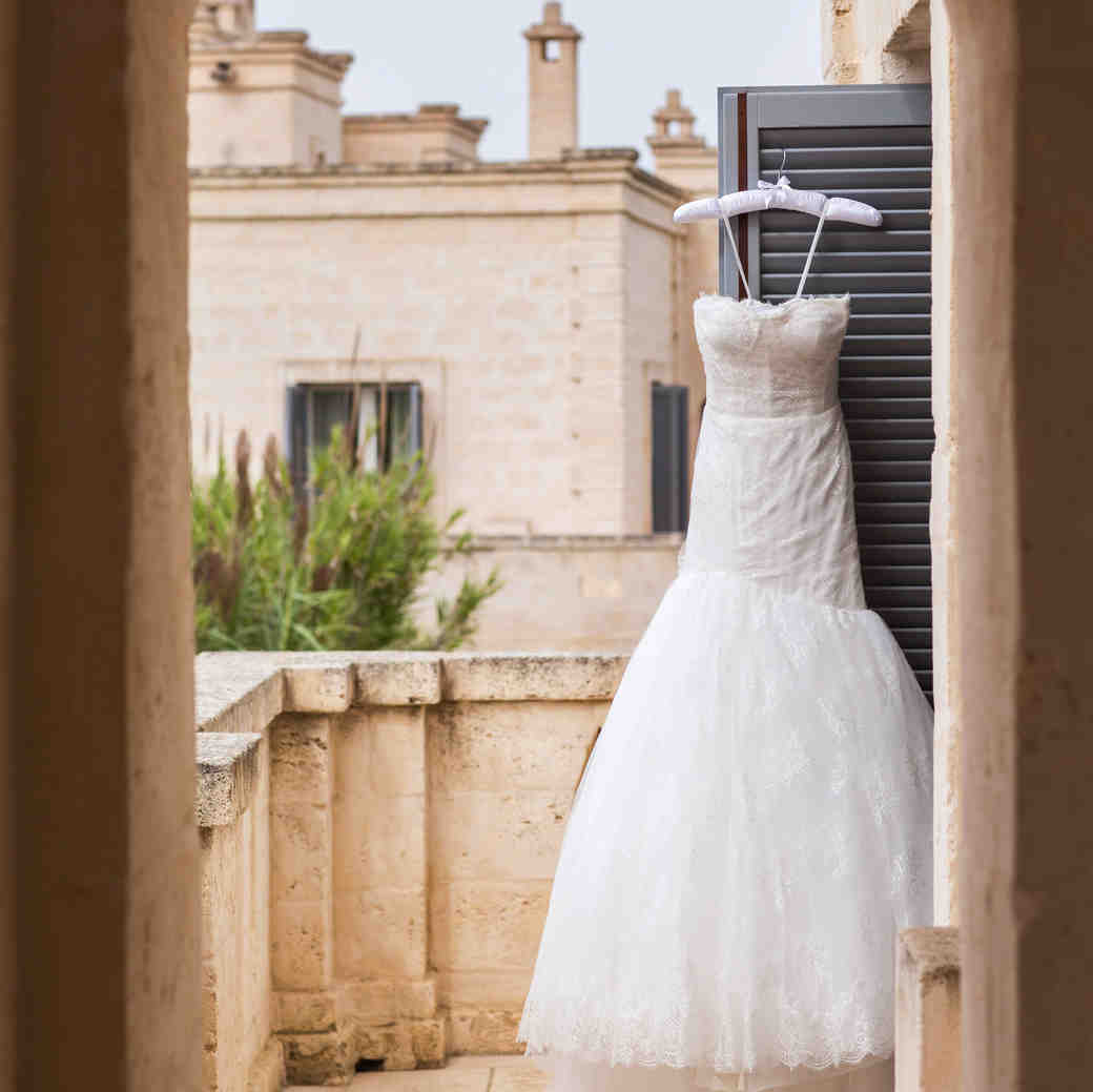 travel with wedding dress