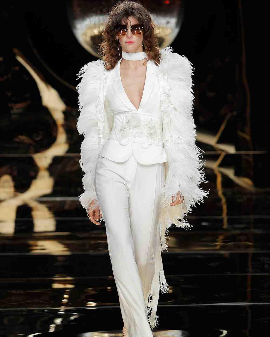 YolanCris Spring 2017 Wedding Dress Collection