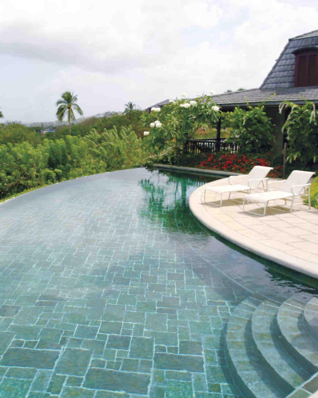 1clubhouse-pool-mwds109229.jpg