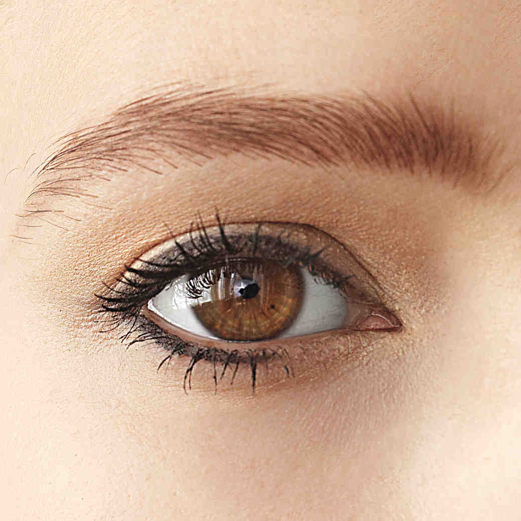 The Best Waterproof Eyeliners for Your Wedding Day