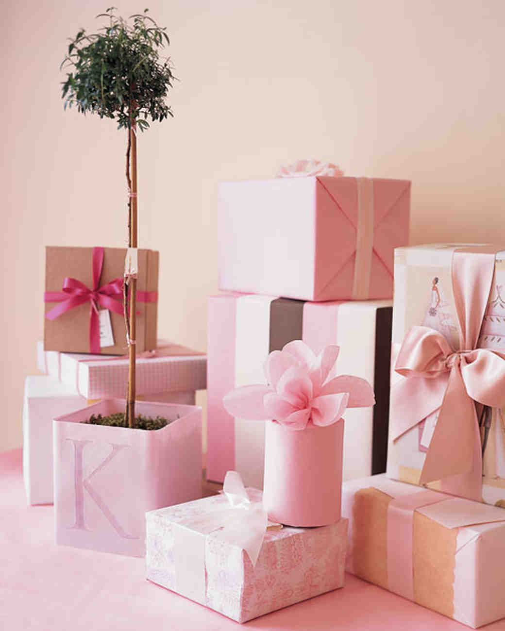 msw_spring03_pink_giftwrap.jpg