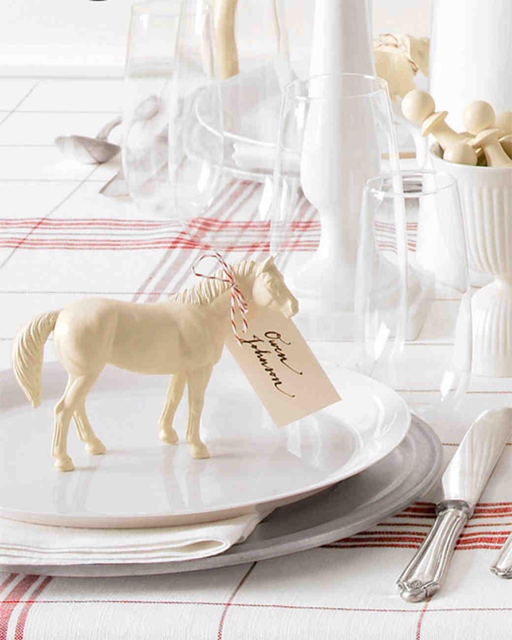 Martha Stewart Weddings: Stylish DIY Wedding Table Settings