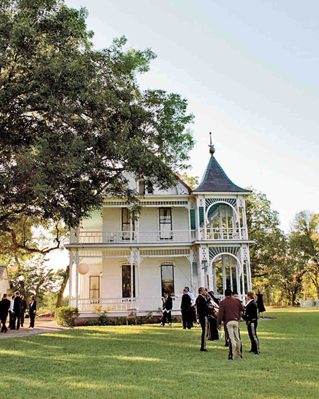 Wedding Places Austin Tx: A Down-Home Destination Wedding In Texas