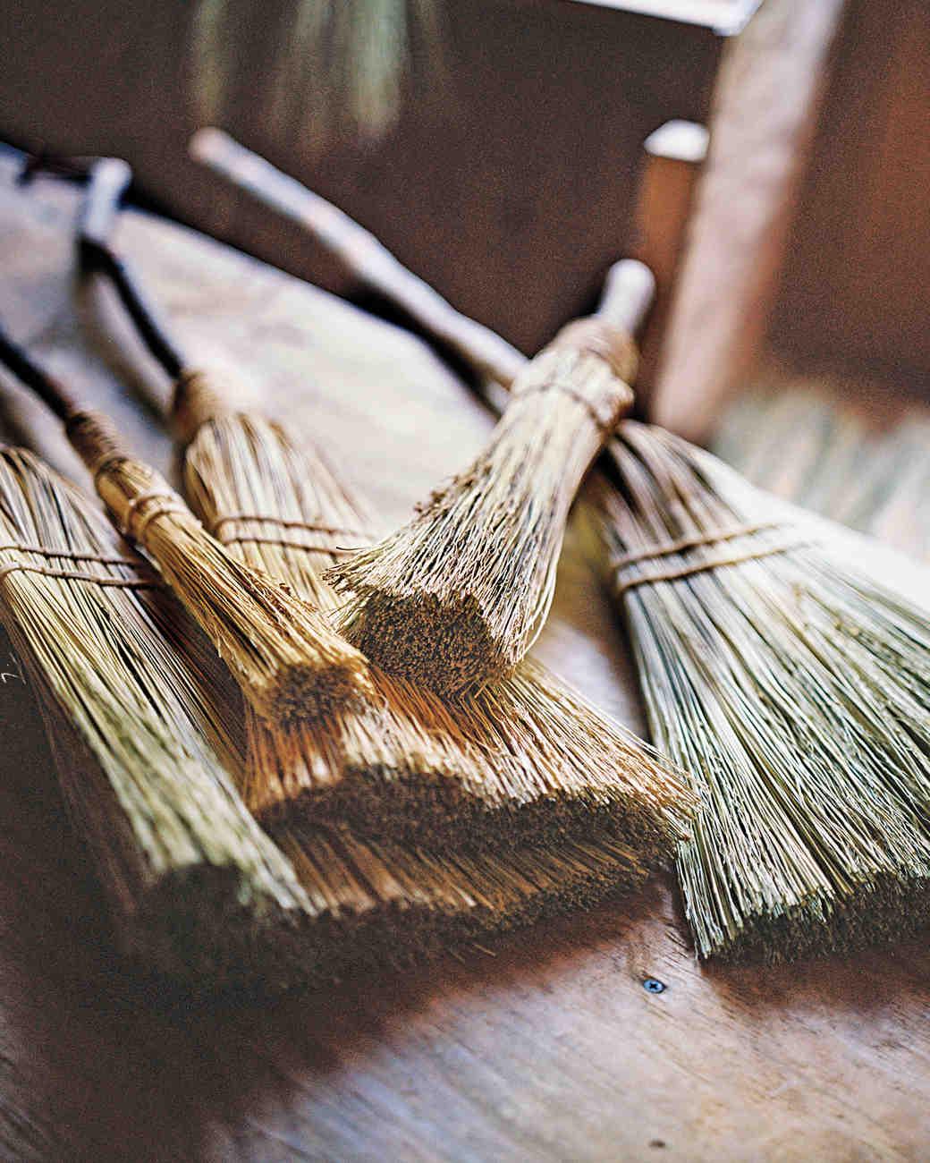 broom-making-1011mld107711f.jpg