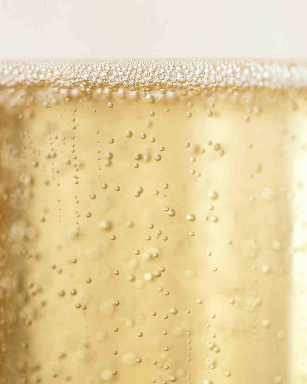 champagne-bubbles-mwd107933.jpg
