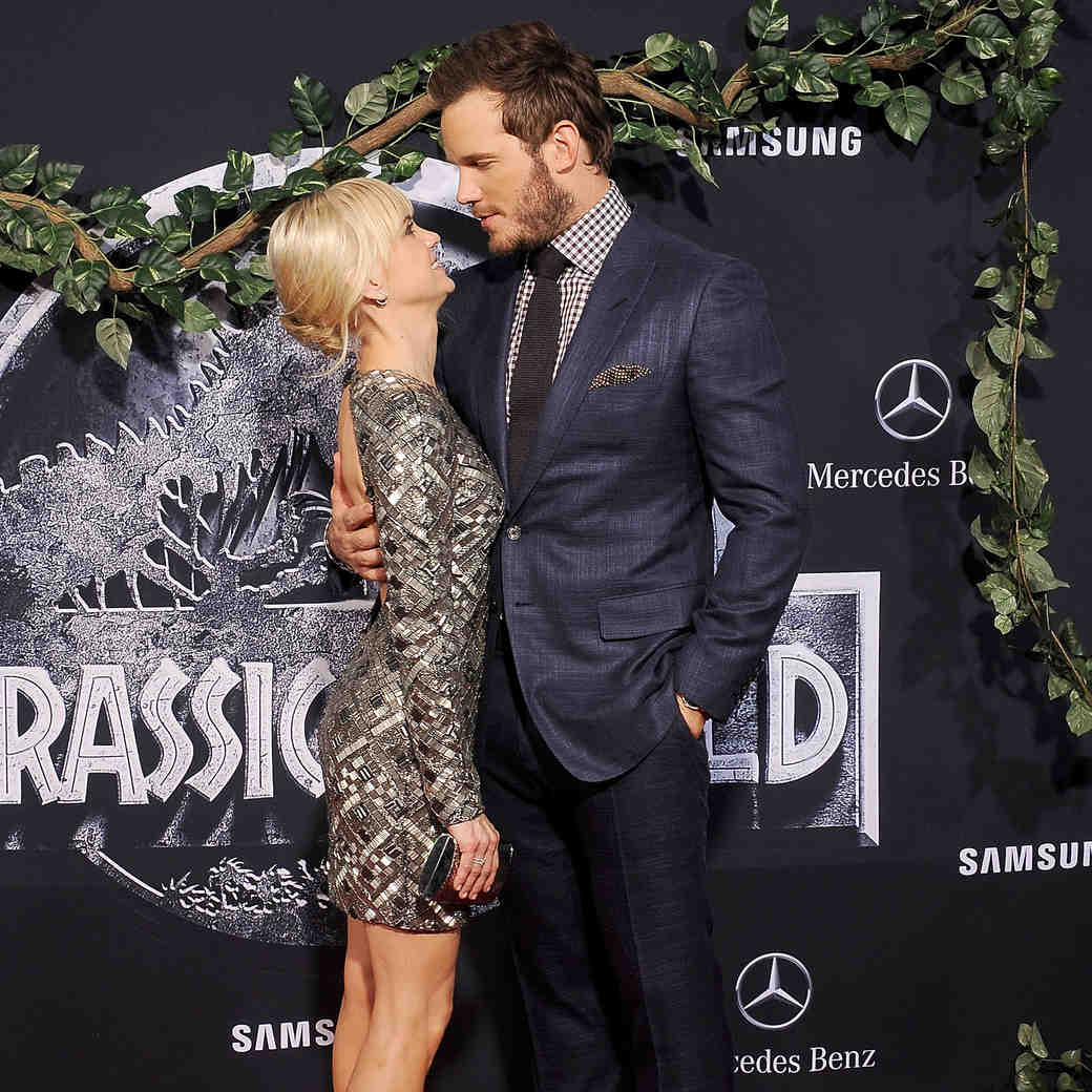 Chris Pratt Is Extra Thankful for Wife Anna Faris This Week
