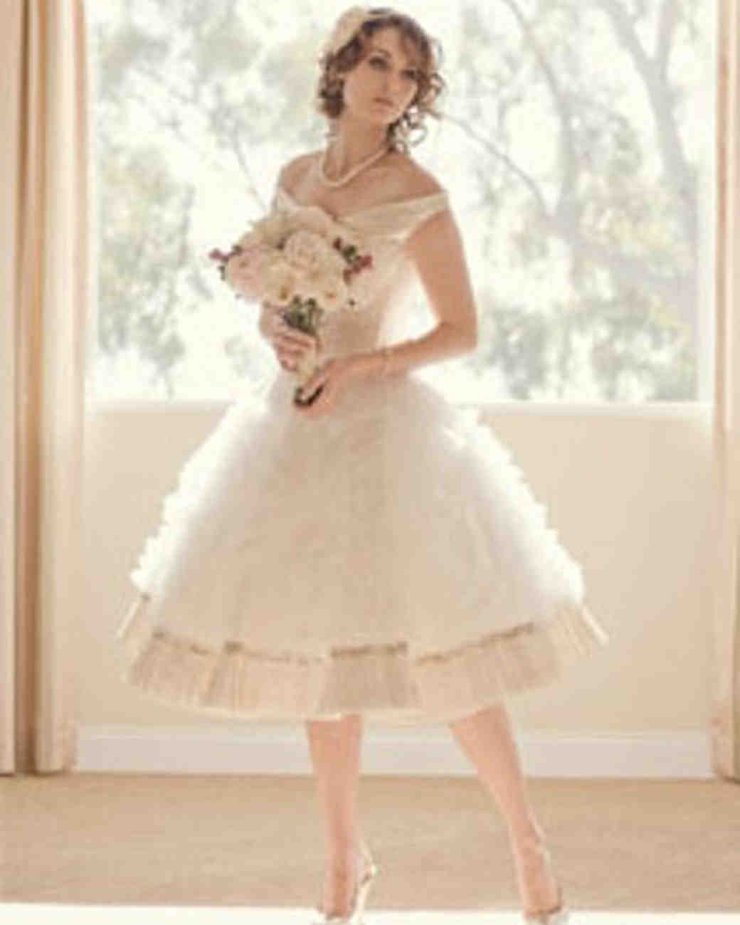 etsy_joan_shum_wedding_gown.jpg