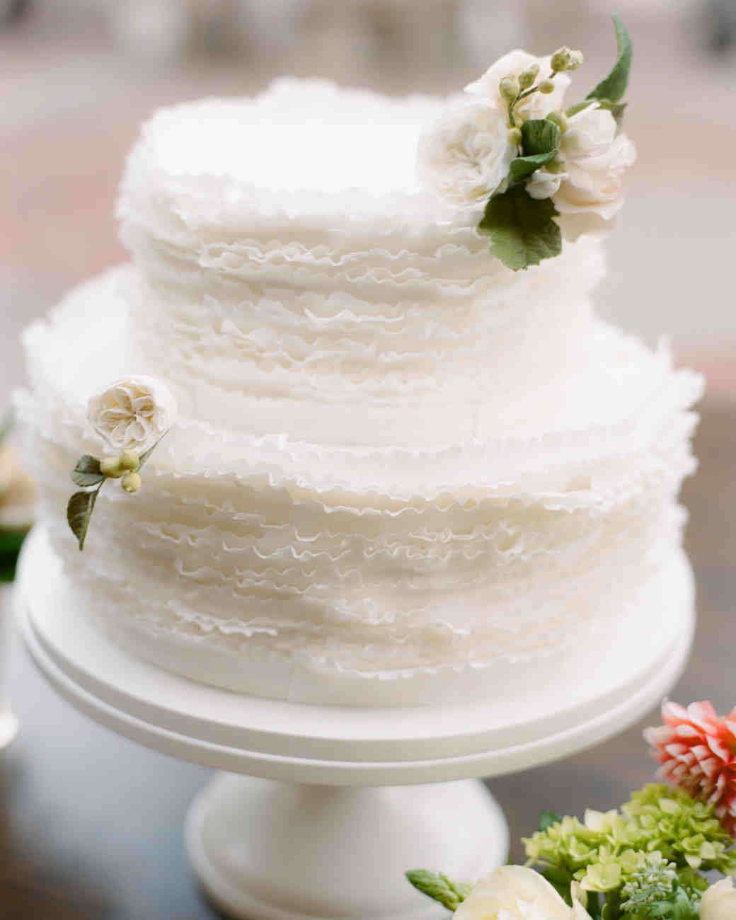 29 Summer Wedding Cakes That We're Sweet
