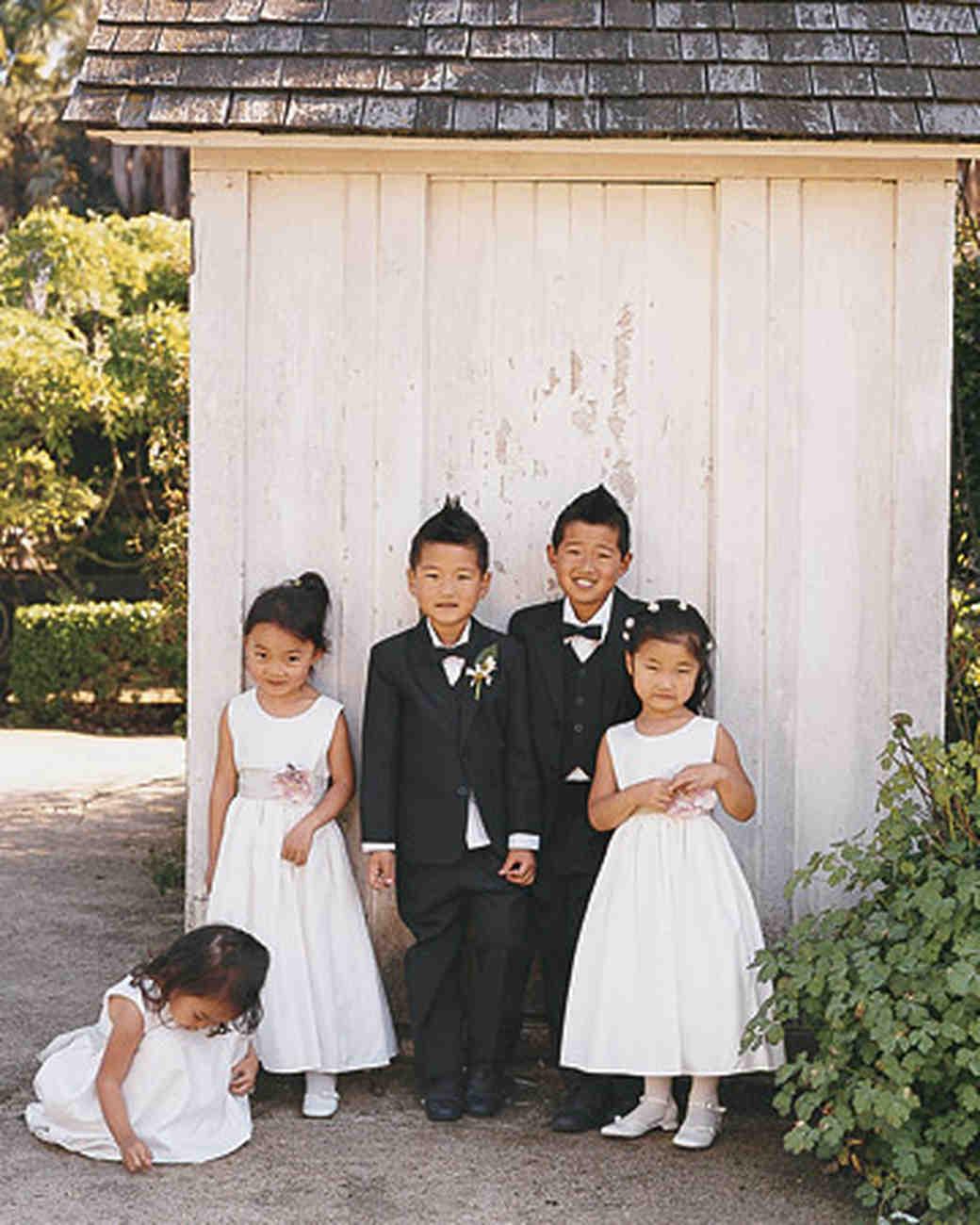 mwa102306_fal06_kids_garden.jpg