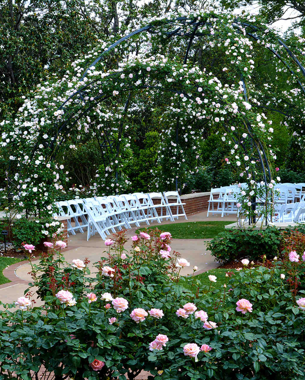18 beautiful botanical garden wedding venues martha stewart weddings. Black Bedroom Furniture Sets. Home Design Ideas