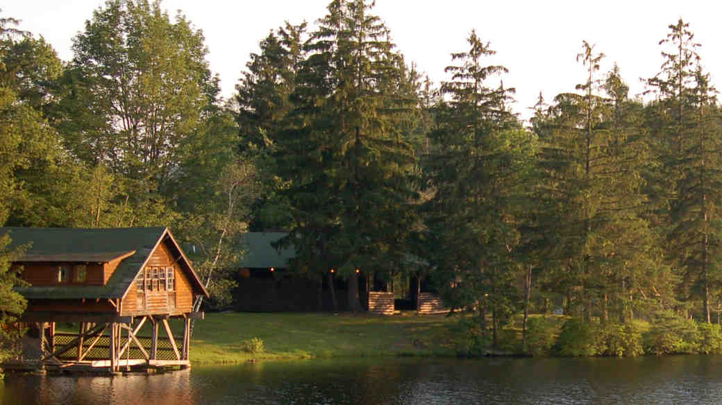 Plan a Wedding at Cedar Lakes Estate, an Upscale Former Summer Camp