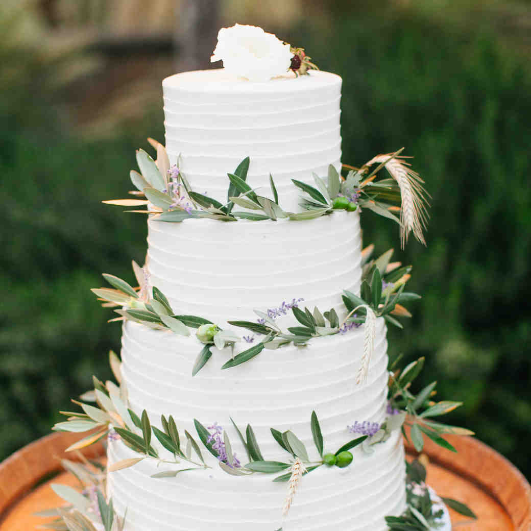 25 Pretty Ways to Use Lavender in Your Wedding