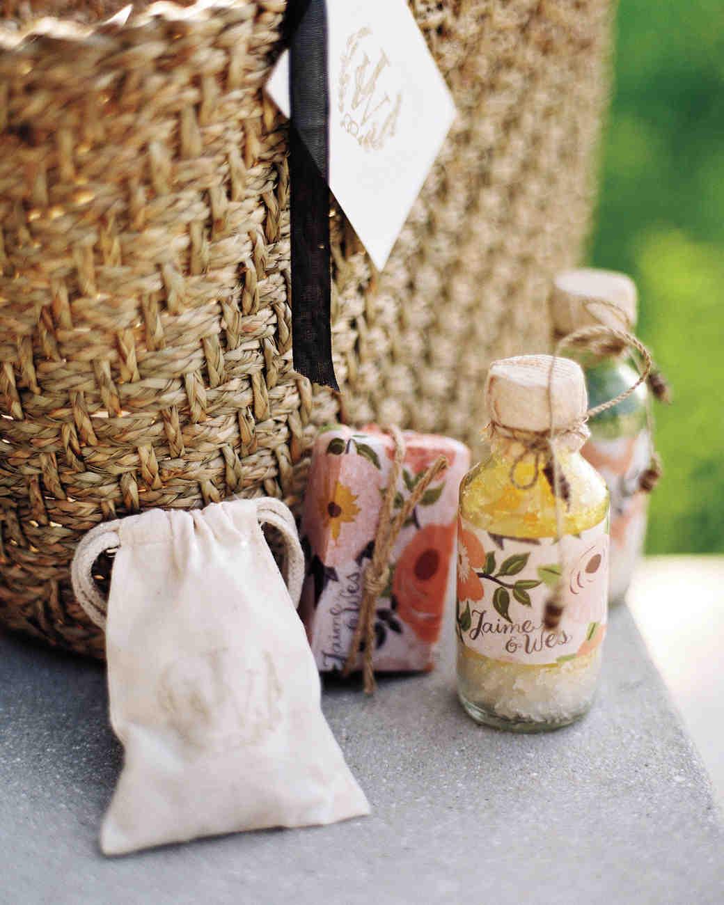 lo-wong-gift-bags-mwds109374.jpg
