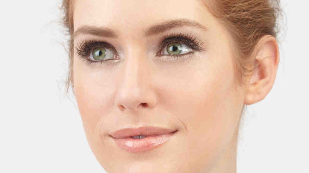 14 Ways to Treat Dark Circles and Puffy Eyes Before the Wedding