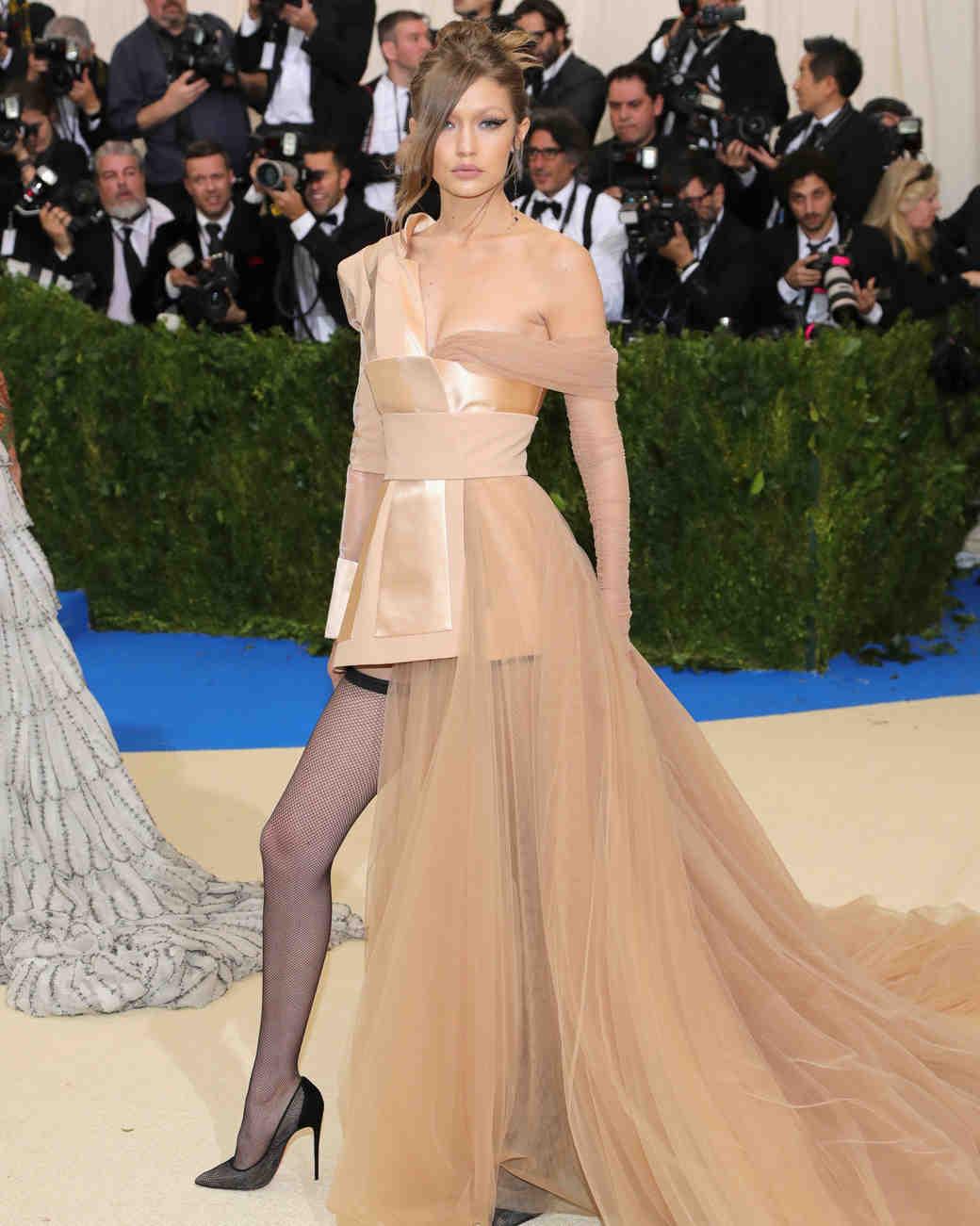 Gigi Hadid Met Gala 2017 Dress