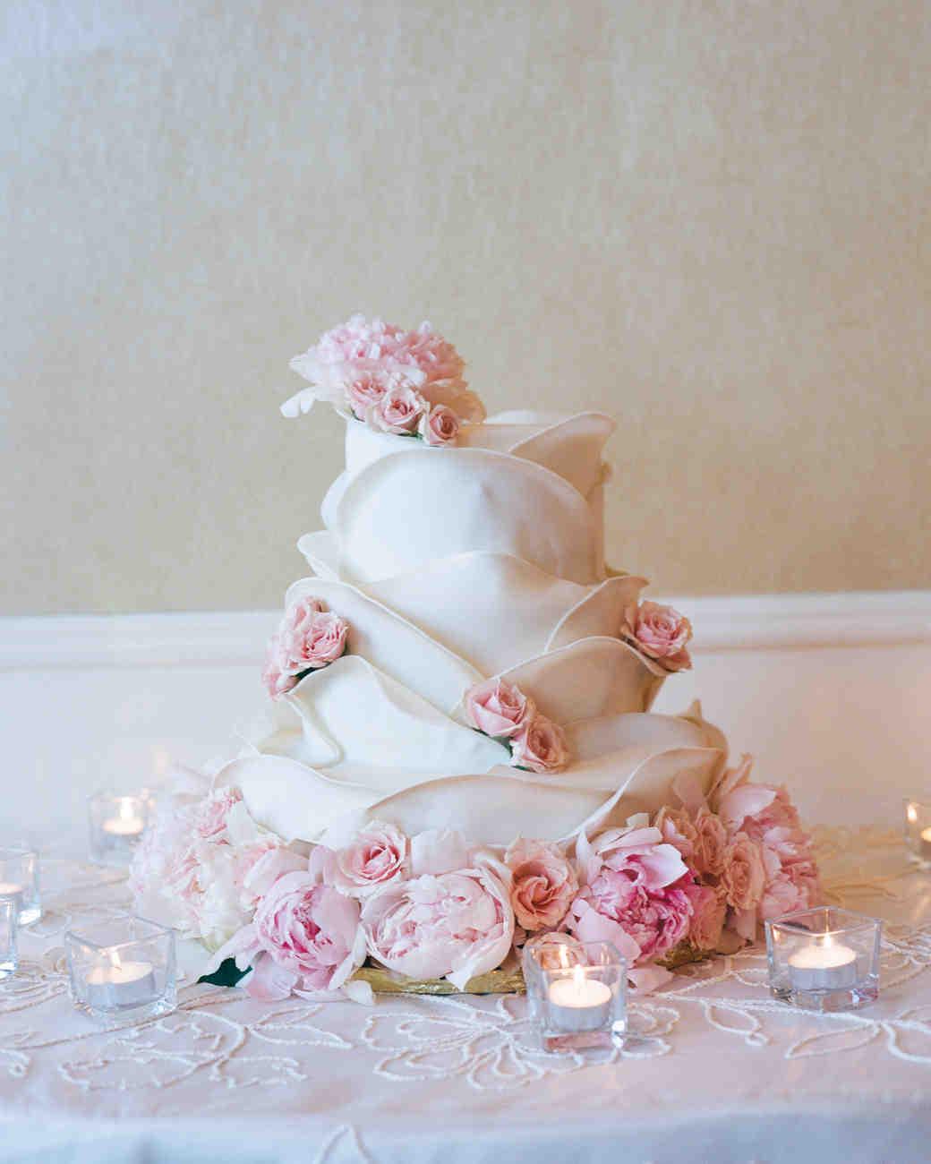 marwa-peter-wedding-cake-0414.jpg