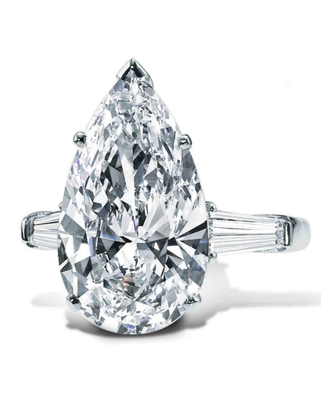 Pear Cut Diamond Engagement Rings