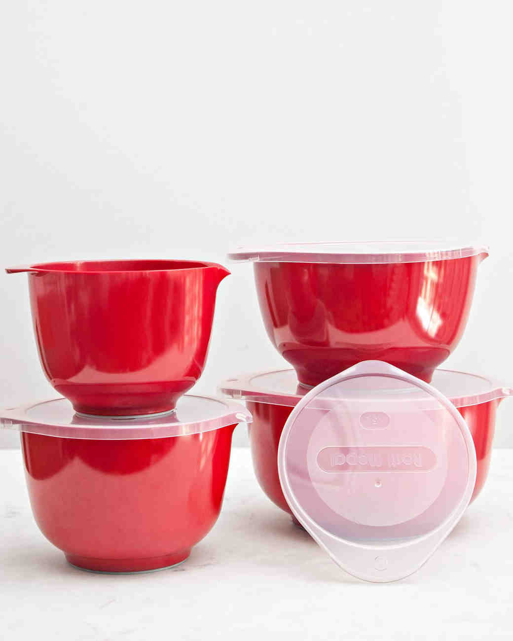 red mixing bowls with tops