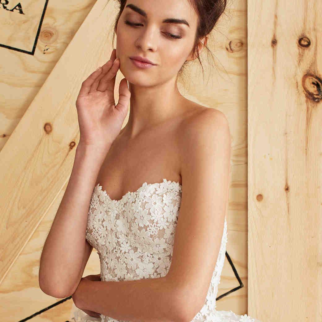 Carolina Herrera Spring 2017 Wedding Dress Collection