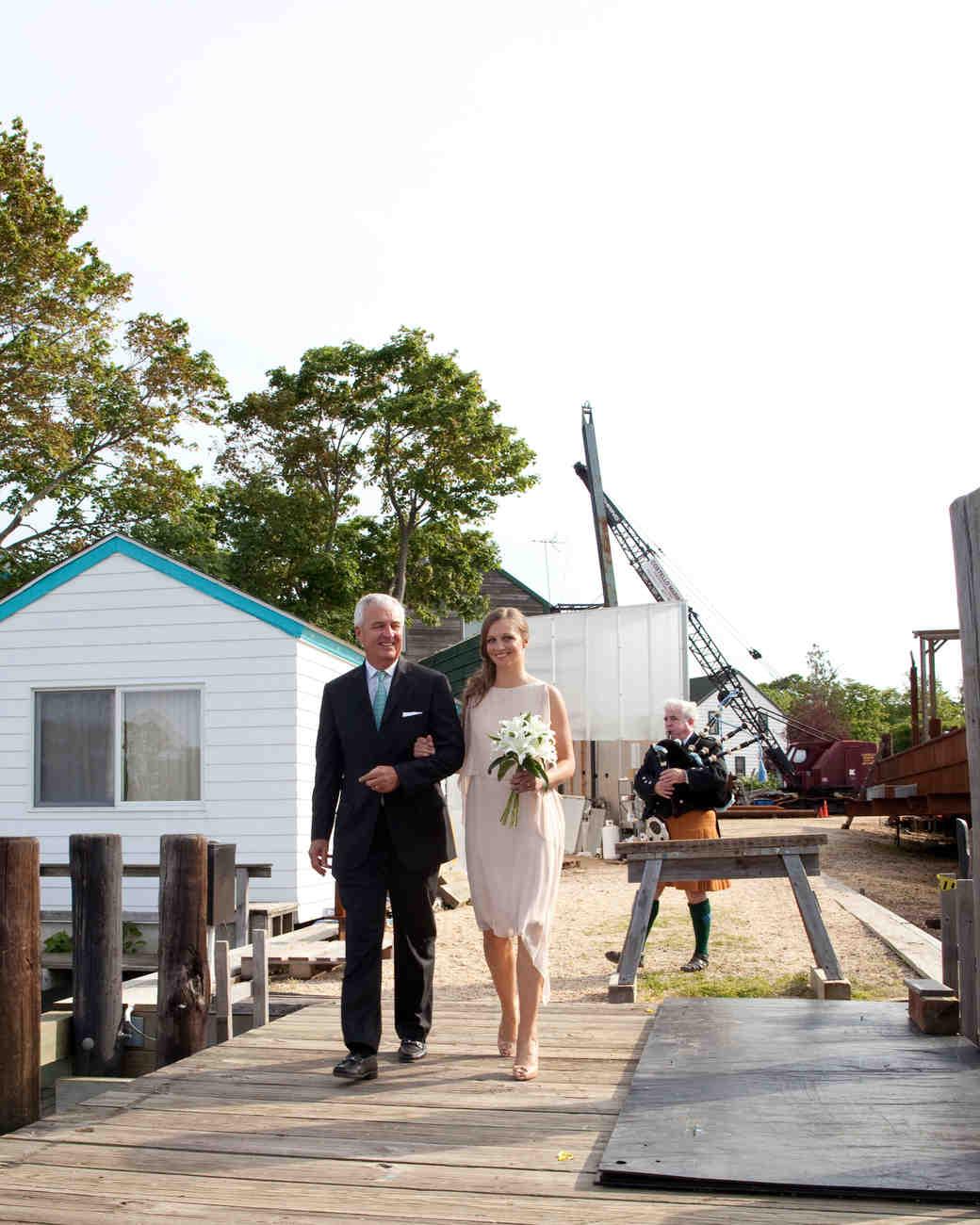 erin-mike-wedding-entrance-0414.jpg