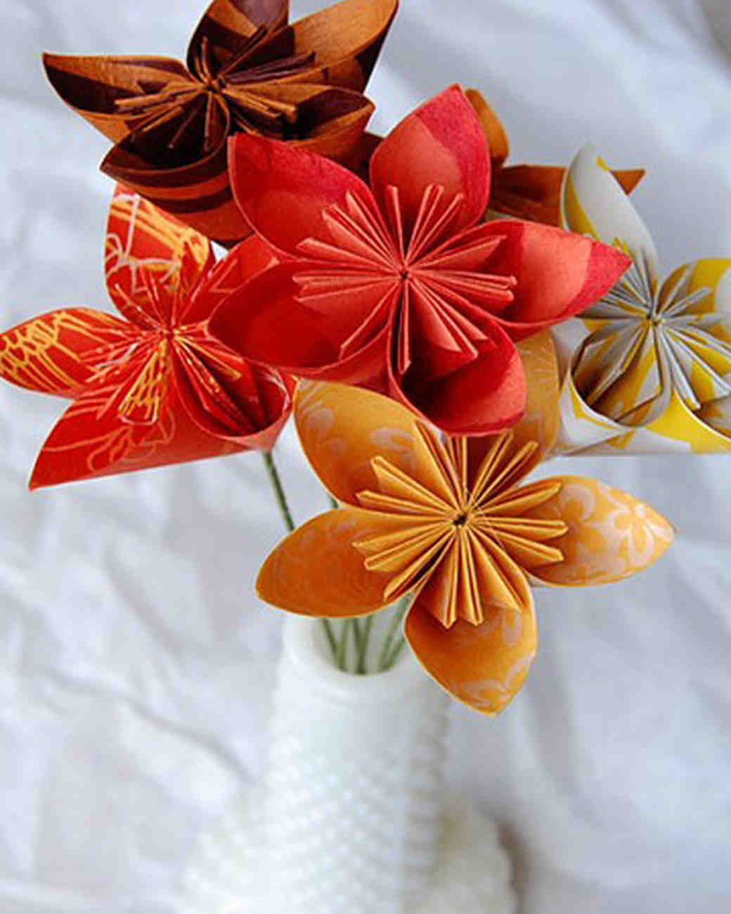etsy_box64studios_paper_flowers.jpg