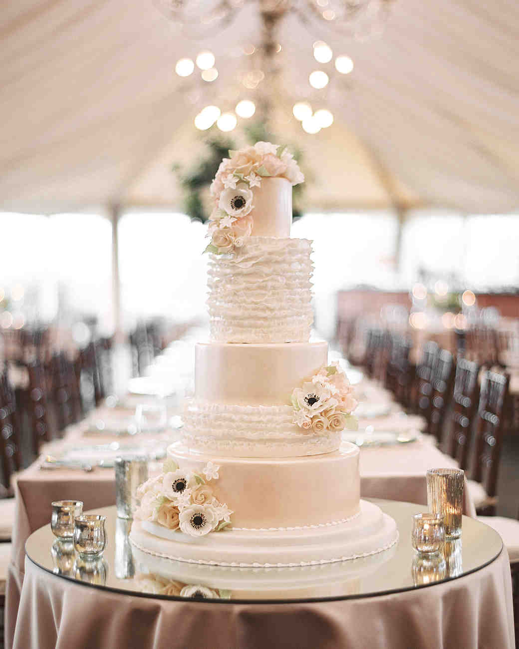 Everything You Need To Know About Wedding Cake: 16 Things You Need To Know To Pull Off An Outdoor Wedding