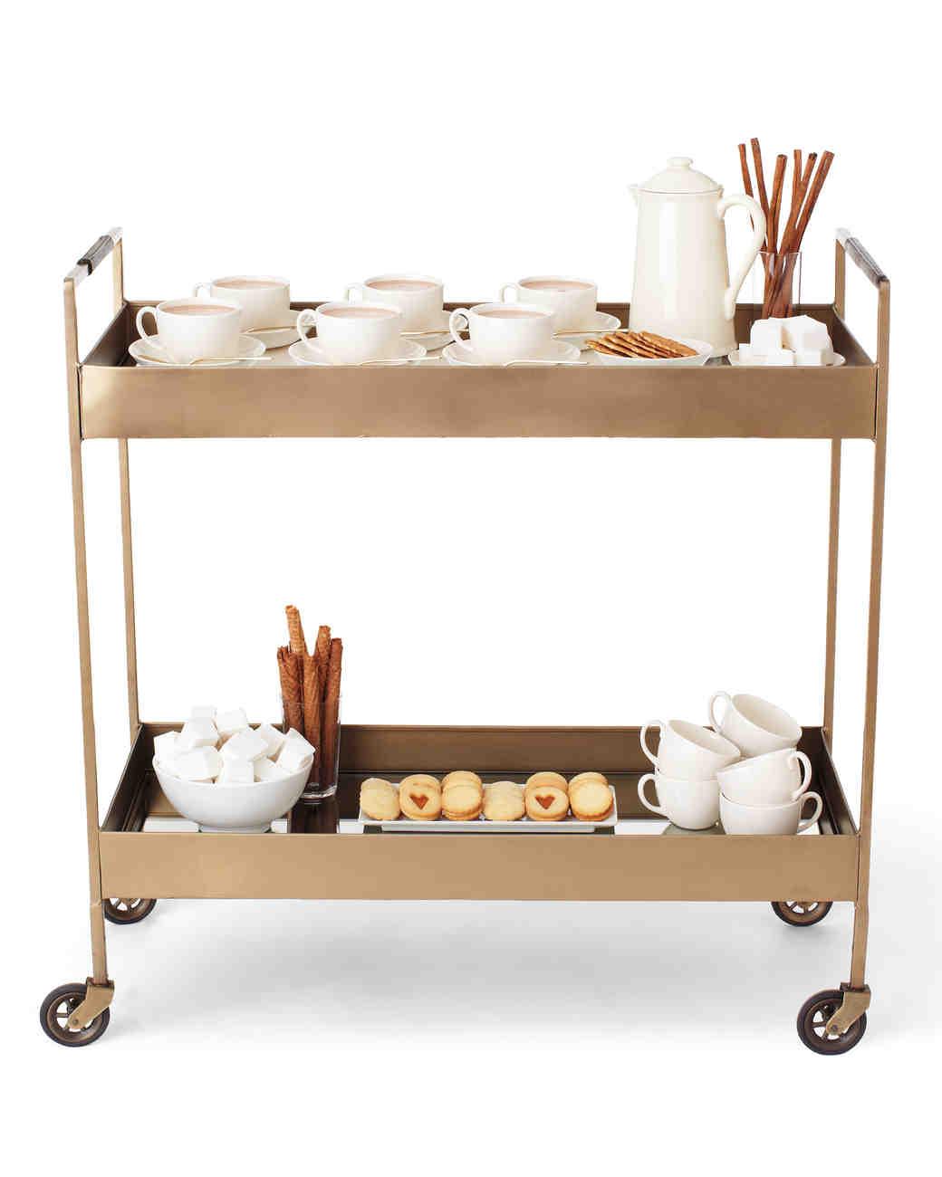 bar-cart-hot-cocoa-136-mwd110589.jpg
