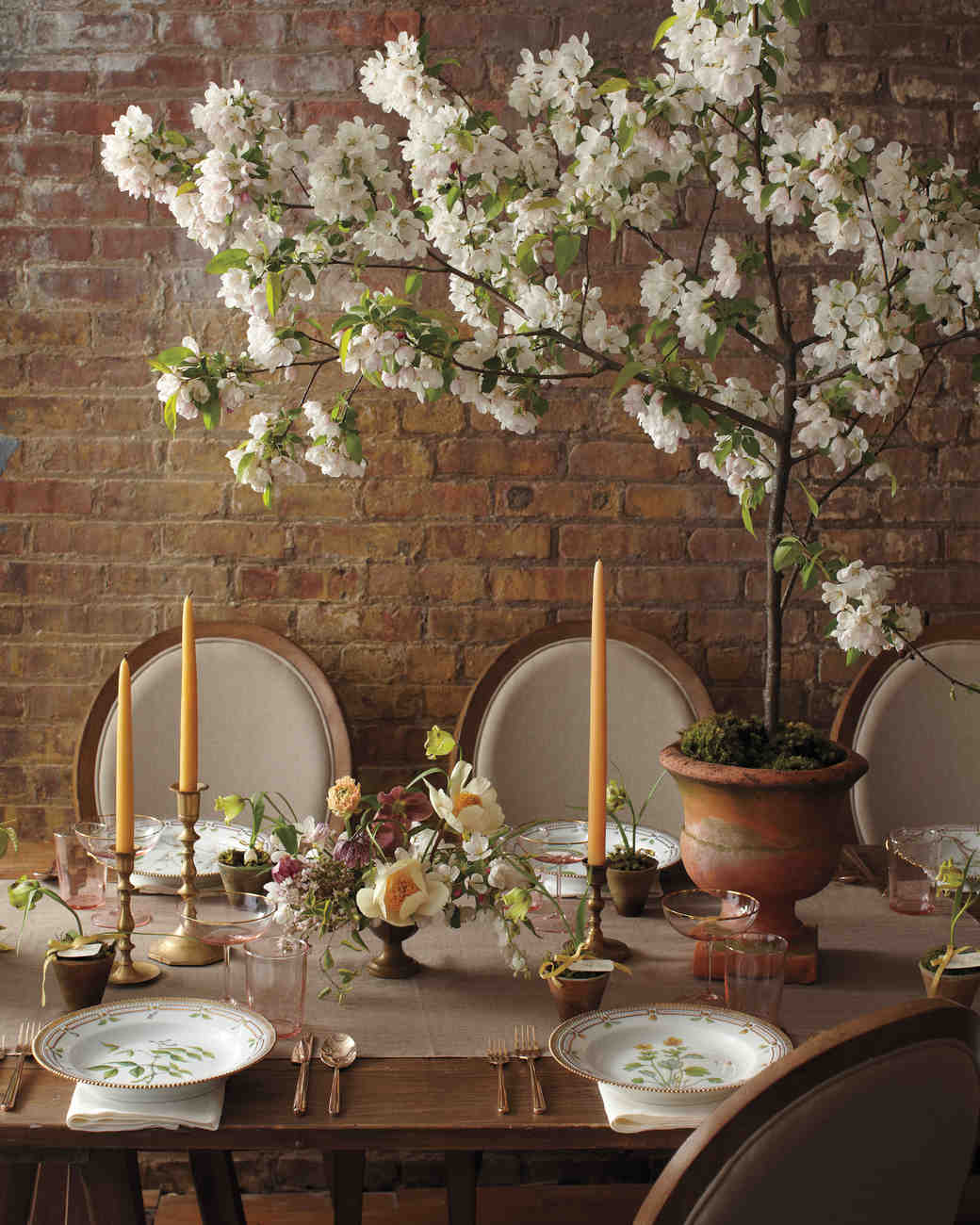 Flowers For Wedding Table Centerpieces: Spring Wedding Flower Ideas From The Industry's Best