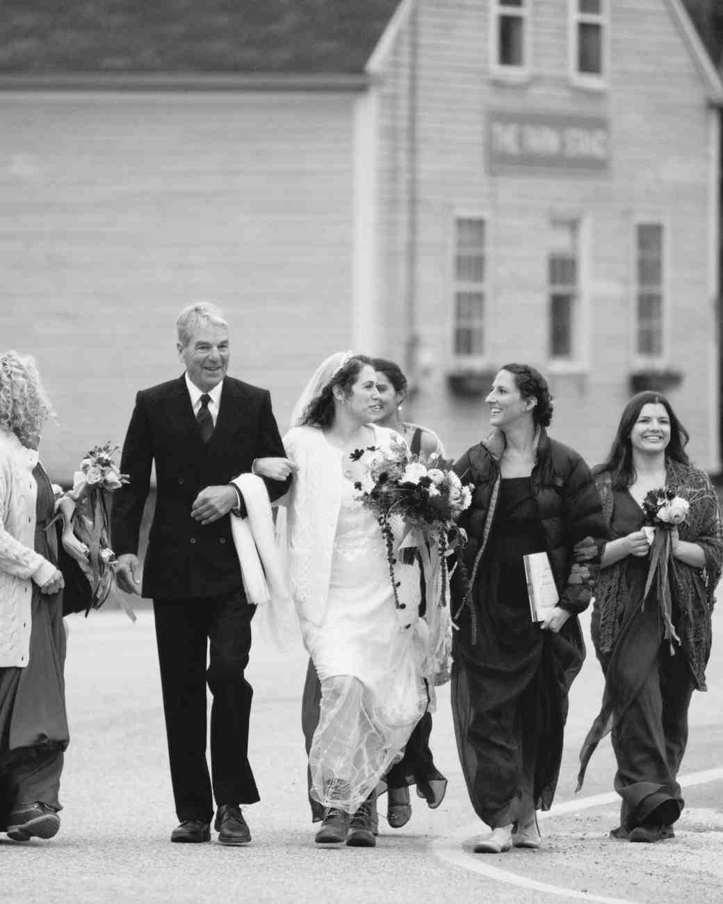 jayme-jeff-wedding-walking2-0614.jpg