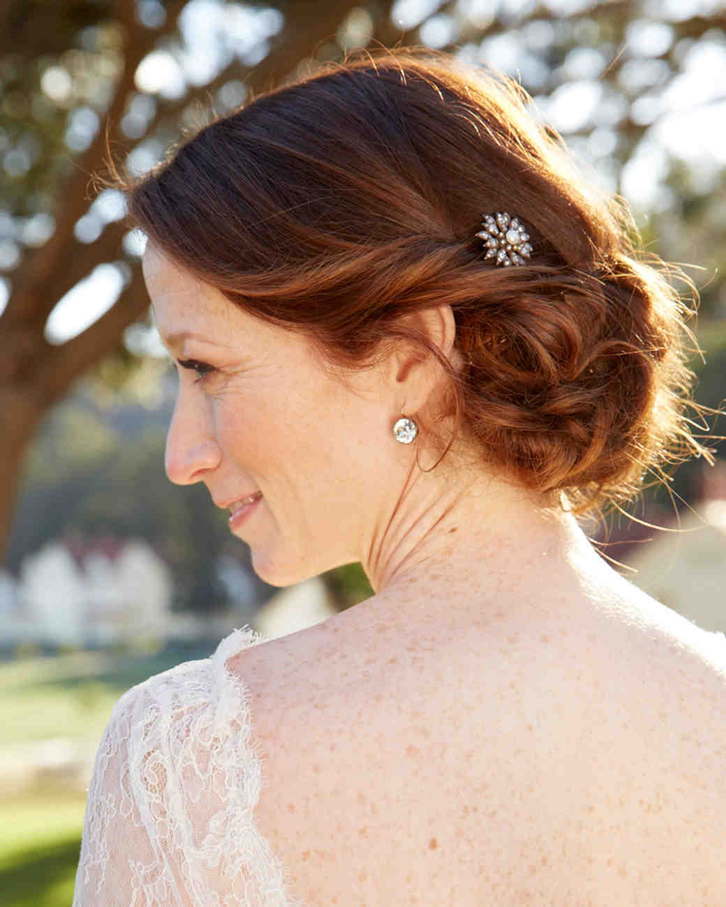 16 Gorgeous Medium-Length Wedding Hairstyles