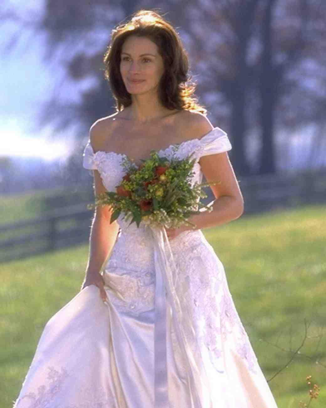 runaway-bride-wedding-dress-0515
